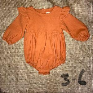 Like new Gauzy Rust Orange Ruffle Sleeve Romper